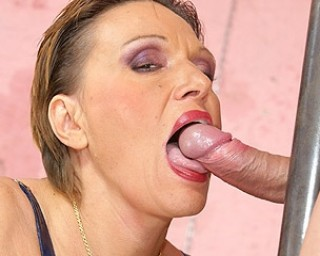 Omaseks Fill this kinky mama with a warm creampie