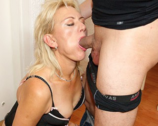 Mature creampie-mature This horny mature mama gets it hard and long